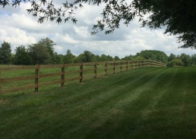 equestrian-farm-fence-plain